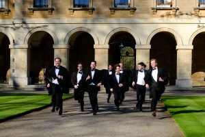 men of magdalen running